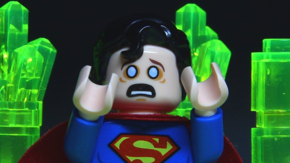 ที่มา : http://geekandsundry.com/the-many-shades-of-kryptonite-their-various-forms-and-effects/