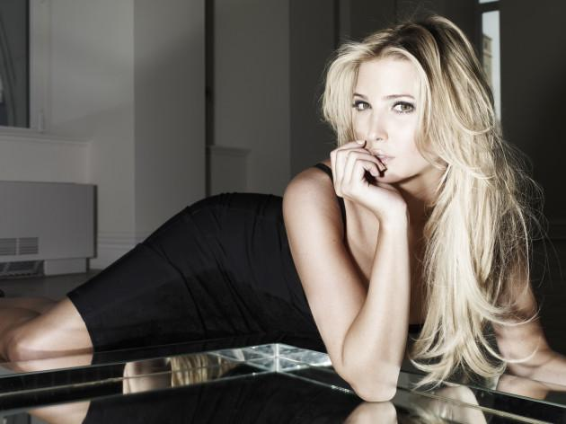 ที่มา : http://1001archives.blogspot.com/2011/09/ivanka-trump-hottest-photoshoot.html