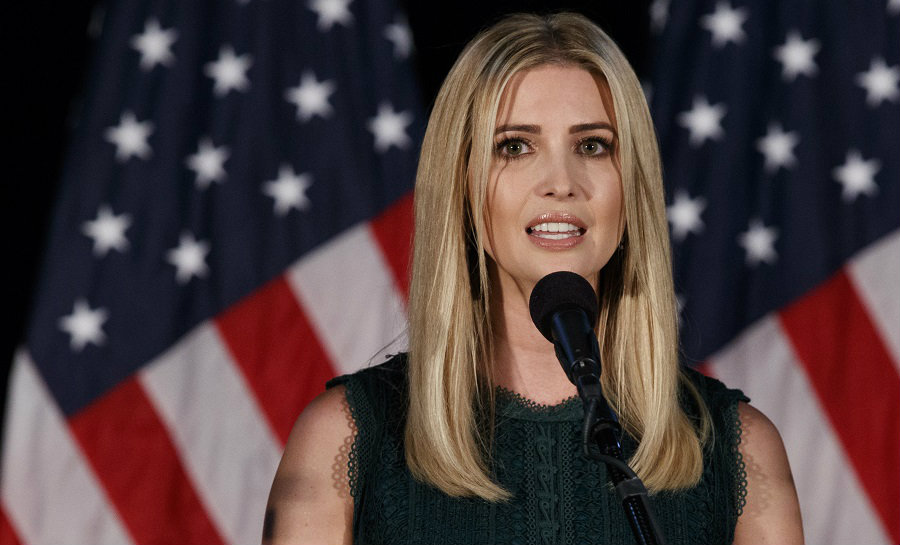 ที่มา : http://www.inquisitr.com/3518313/ivanka-trump-claims-donald-trump-provides-paid-family-leave-trump-employees-say-no-he-doesnt/