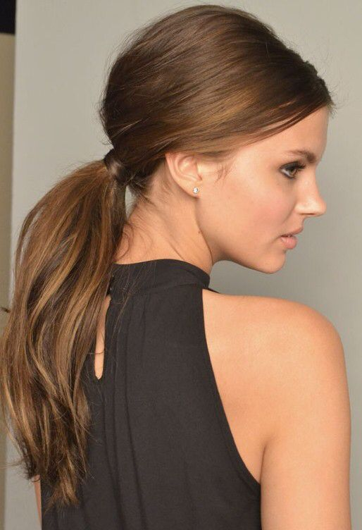 http://therighthairstyles.com/30-fetching-hairstyles-for-straight-hair-to-sport-this-season/21/